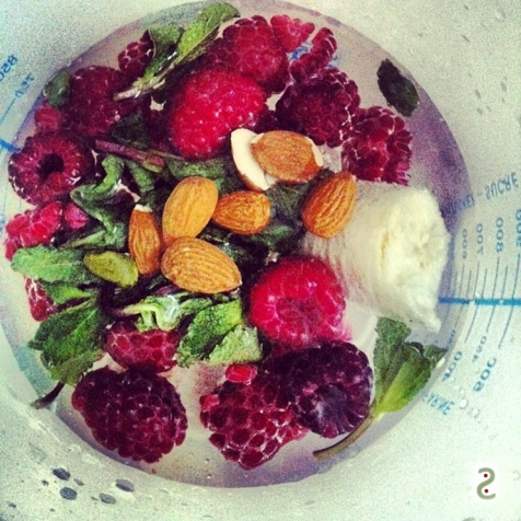 Cleansing smoothie. Balance your pH http://wp.me/p3iY4S-xr